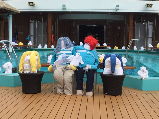 Carnival Magic: Towel animals came out on day 5.