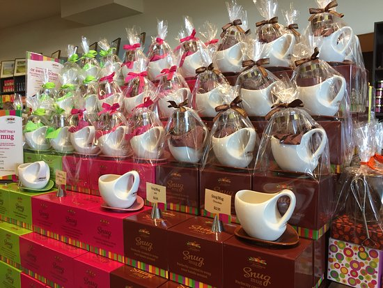 Yarra Valley Chocolaterie & Ice Creamery: Yummy packaged goods
