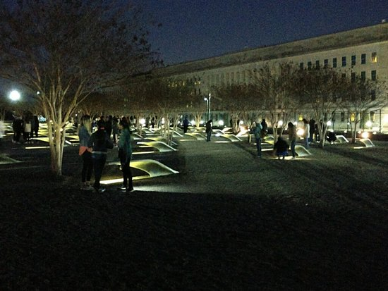 Washington DC Evening Tour: Pentagon 9/11