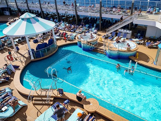 Norwegian Pearl: One of the Pearl's pools