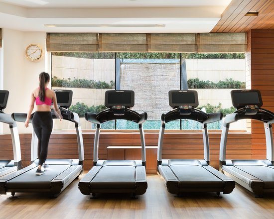 Chi, The Spa: The Health Club offers a wide range of facilities including a fully equipped gym with zero-weights, strength and cardiovascular training equipment, indoor and outdoor Jacuzzis, saunas and steam rooms, and a 25-meter swimming pool.