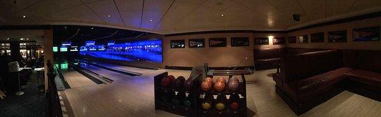 Norwegian Epic: Bowling