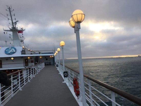 Azamara Journey: Morning sunrise cruising to Esperance Western Australia