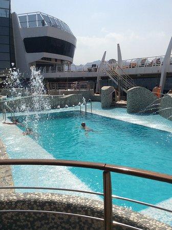 MSC Splendida: Beautiful pool area