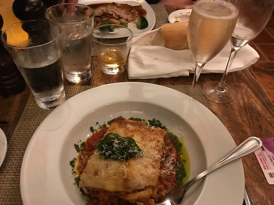 Norwegian Pearl: La Cucina's lasagne was the best I've ever had. I could only eat ha