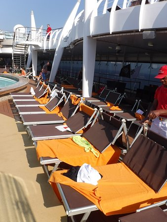 "MSC Splendida: ""Occupied"" chairs on Sea Day"