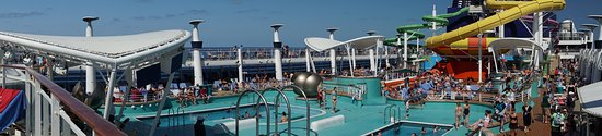 Norwegian Epic: Deck 15 pool area on The Epic