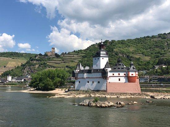 Avalon Imagery II: Cruising Rhine