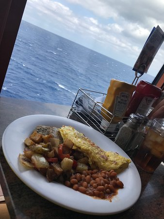 Norwegian Gem: Lunch with beautiful view