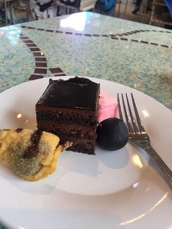 Carnival Splendor: Chocolate, chocolate, and more chocolate!