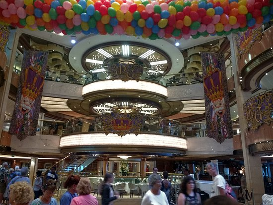 Royal Princess: Marti Gras celebration in the atrium