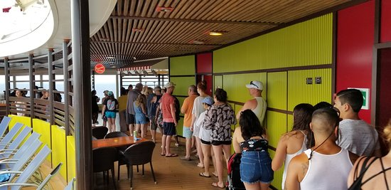 Carnival Magic: typical lines at alternate food venues on the Magic.  We had to wait in lin