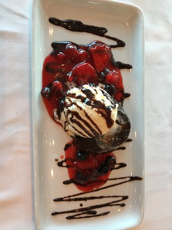Liberty of the Seas: Chocolate Cake! Delicious at Chops Grill