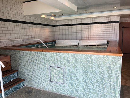 Norwegian Jade: Thermal spa