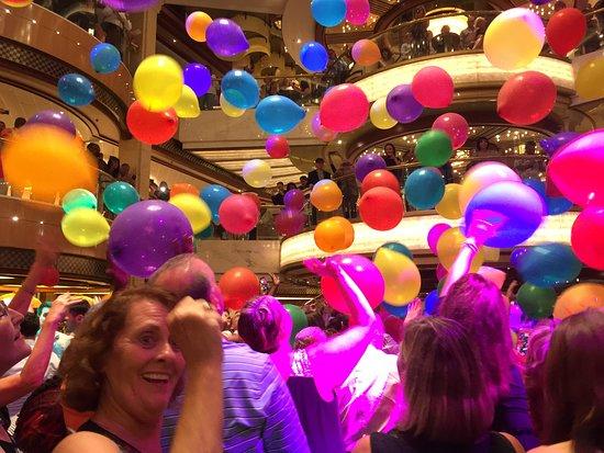 Royal Princess: Balloon drop party