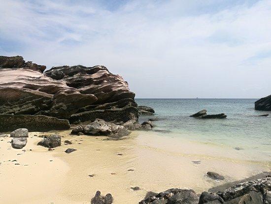 Khai Nai island2