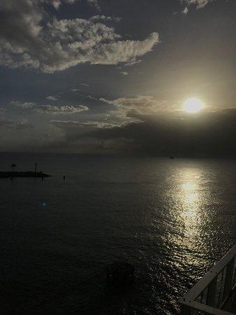 Norwegian Pearl: Sunset Sea Day