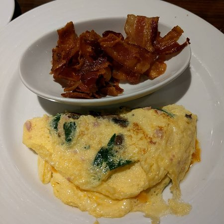 Carnival Dream: Omelets made your way