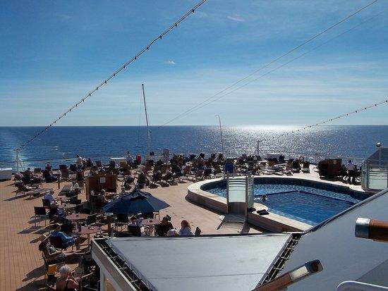 Eurodam: View of the back swimming pool
