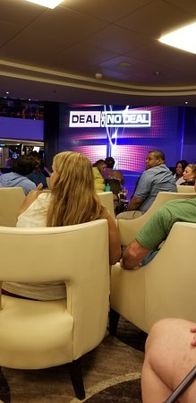 Norwegian Epic: Deal or no deal game in the Atrium