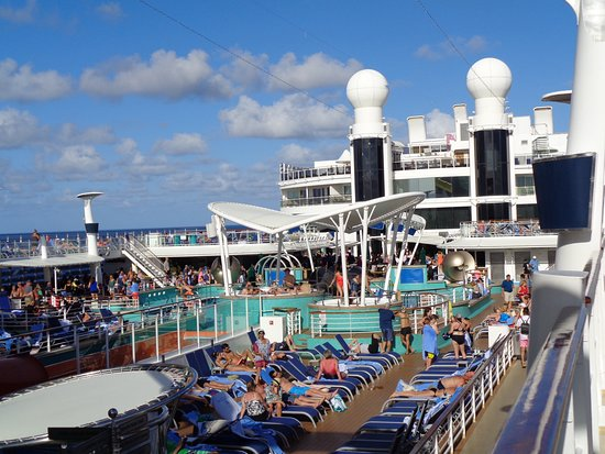 Norwegian Epic: deck during day at sea