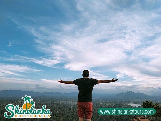 Kandi, Šri Lanka: Tours from India