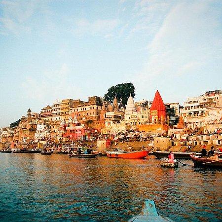 Varanasi Destinasia