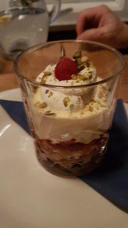 Crannog Seafood Restaurant: Rhasberry triffle