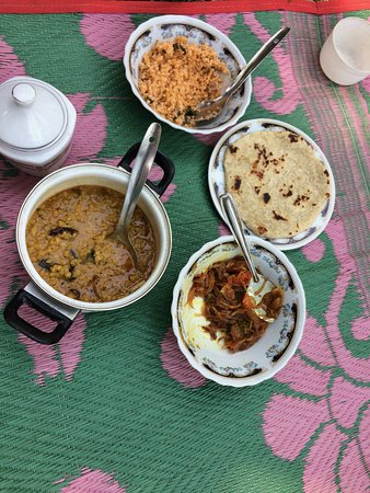 Haputale Mountain Tours: Lunch!