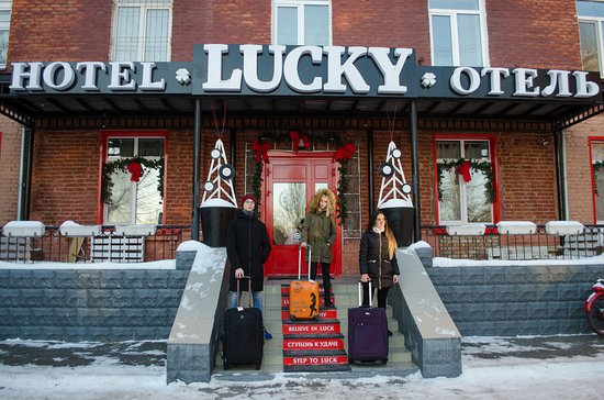 Lucky Hotel & Hostel