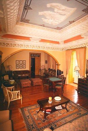 Casa das Tilias: Salão de Estar Rainha Santa Isabel