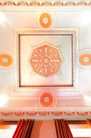 Casa das Tilias: Tecto da Suite inspirado na mitologia clássica