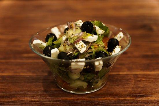 Restaurant Ochen Vkusno: Греческий салат понравится самым строгим  гурманам