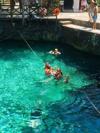 Cenote Zacil-Ha: Excelente lugar natural para pasarlo en familia