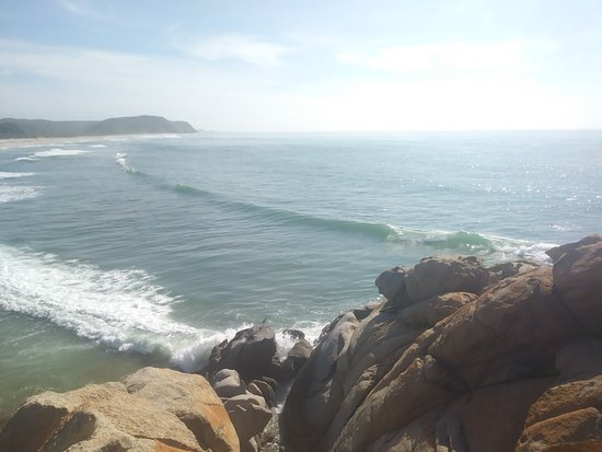 Discover the best surf spots on the Oaxacan coast with us.