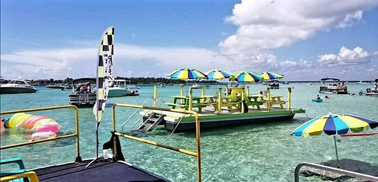 Crab Island Water Taxi Shuttle Boat of Destin, FL Outdoor Seating Area