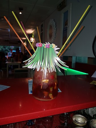 Great Sharing Cocktail!! Kool Cocktails @ Kula Bar