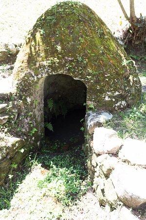 Fonte de água que abasteceu os antigos moradores.