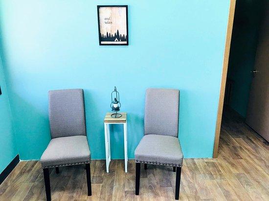 Rocky Mountain Massage: Lobby