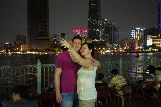 [FERSK KRAFTET] Night Saigon Street...