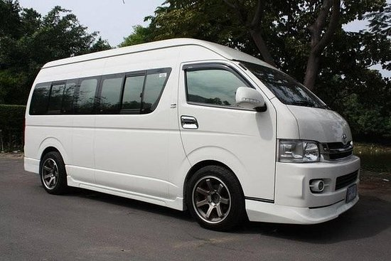 Transfer from Chiang Mai Hotel to Chiang Mai Airport