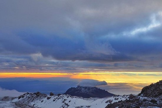 kilimanjaro mountain 5day marangu...