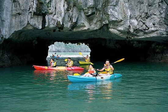 6 Hours Halong Bay Cruise On Titop Island & Swimming With Lunch On Deluxe Cruise: LUXURY Bai Tu Long Bay Full Day Tour with SEAFOOD LUNCH & Kayaking from Hanoi