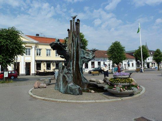 Statyn ''Livets Träd''
