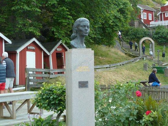 Statyn ''Ingrid Bergman''