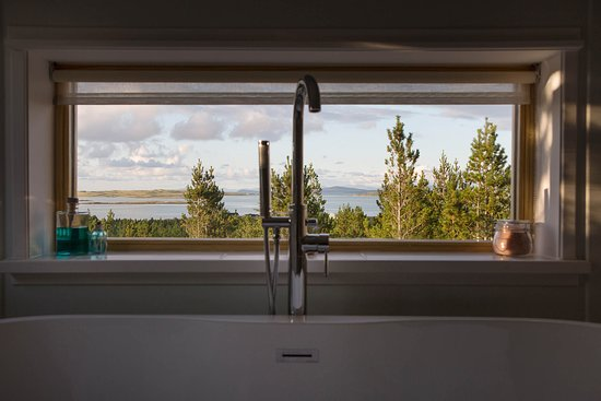 Uist Forest Retreat Ltd: The endless view from your bath