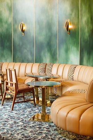 Intérieur du restaurant - sofa - Paris 9 - BB Blanche