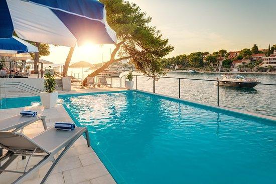 Pool - Picture of Hotel Milna Osam, Brac Island - Tripadvisor
