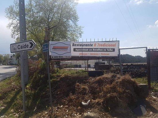 Recezinhos, Portugal: Estrada Nacional 15, corta-se no cruzamento e fica a 5m