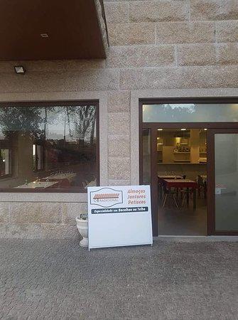 Recezinhos, Portugal: Entrada para o restaurante